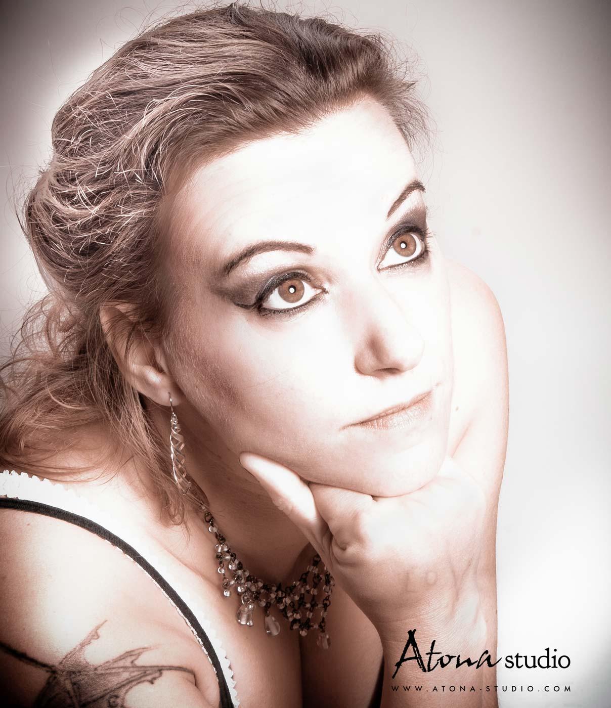 Atona Studio - Portrait Anne