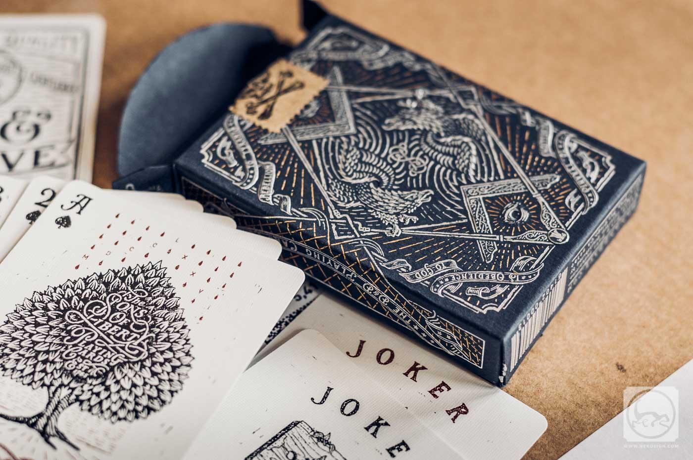 Jeu de cartes détails - Illustré par Jeff Trish