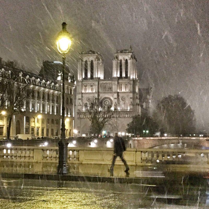 Passage à Paris - Départ sous la neige